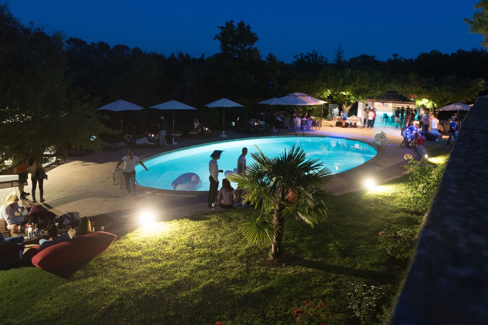 H tel avec piscine brignoles domaine du lac - Hotel var avec piscine ...